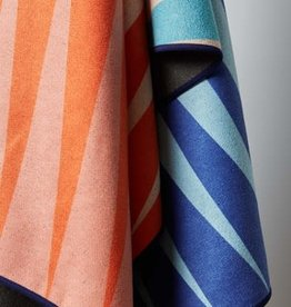 Nomadix Nomadix Towel - Heatwave Red Blue