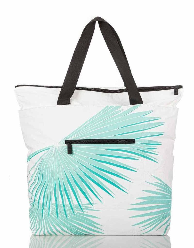 Aloha Collection Aloha Tropical Fan Palms Day Tripper Pool/White