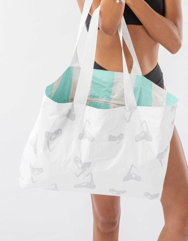 Aloha Collection Aloha Aumakua Holo Holo Tote Stone/White