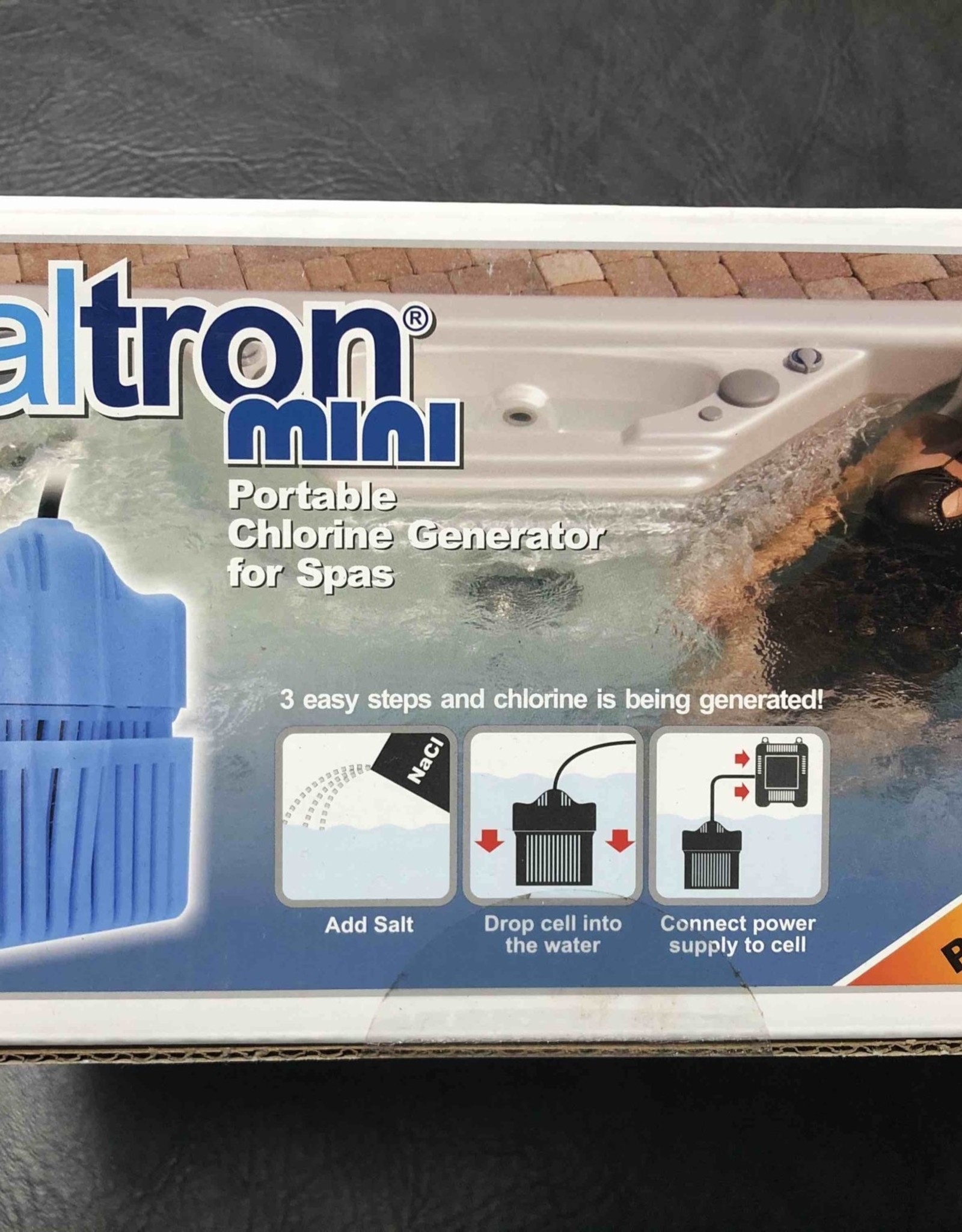 Solaxx Solaxx Saltron Mini Spa Salt Water System With zinc anode