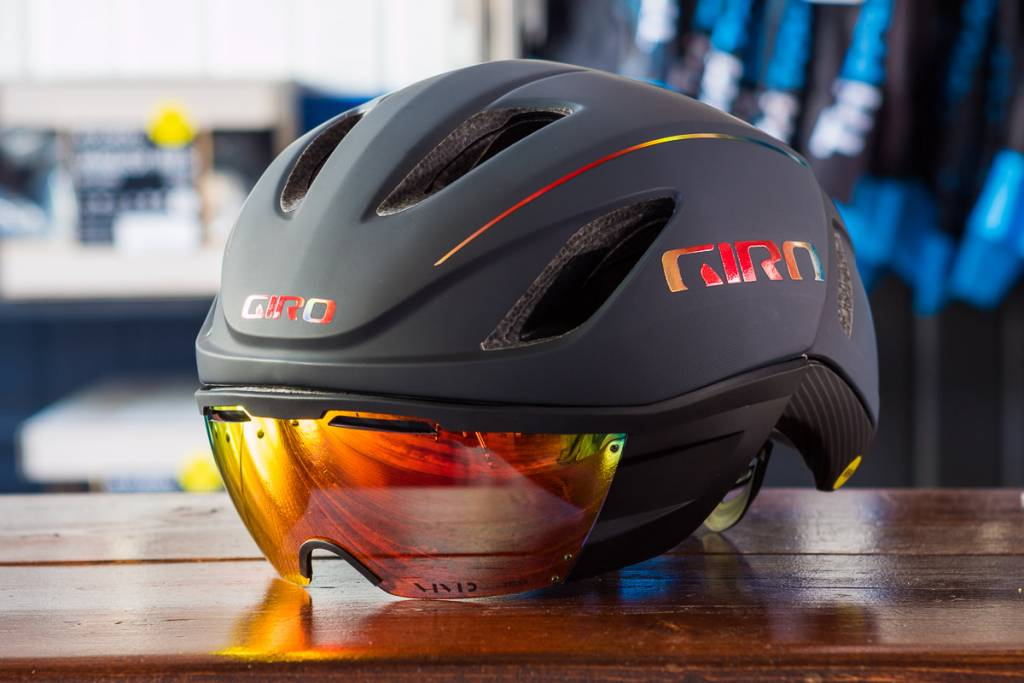 cascos aerodinámicos, Giro Vanquish MIPS Helmet - Tri Town Bicycles