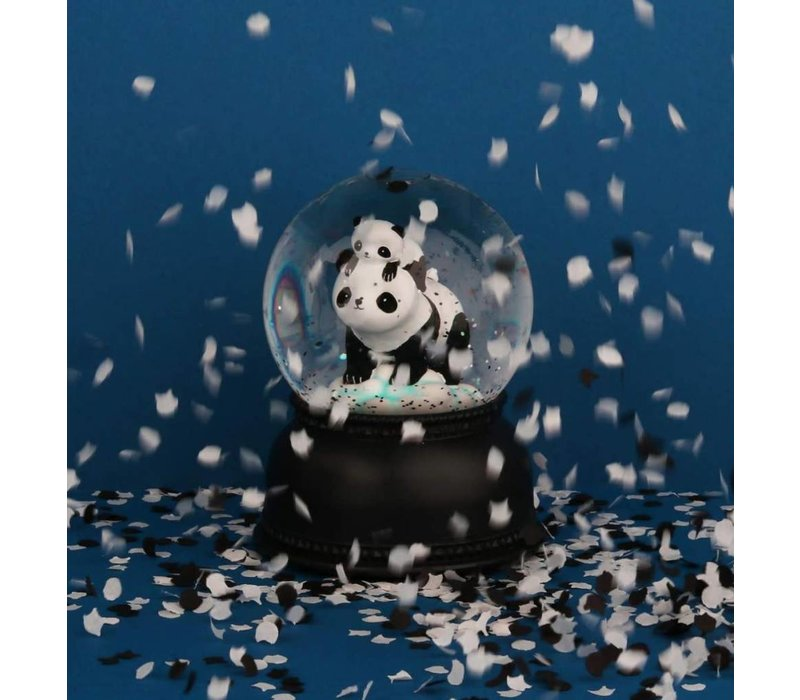 Boule à neige lumineuse: Panda