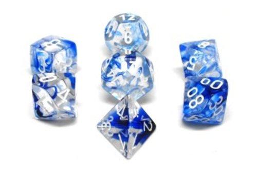 chessex Ensemble de 7 dés polyédriques Nebula bleu foncé avec chiffres blancs