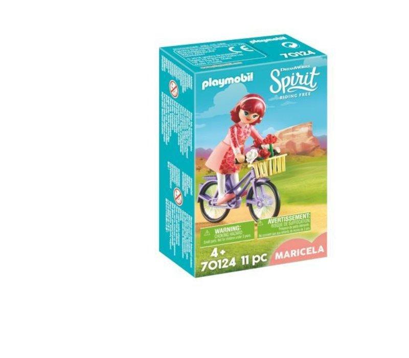 Maricela et bicyclette*