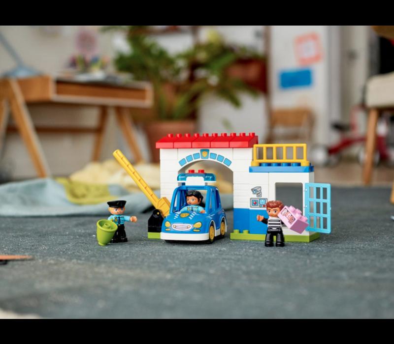 Duplo - Le poste de police