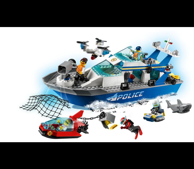 City - Le bateau de patrouille de la police
