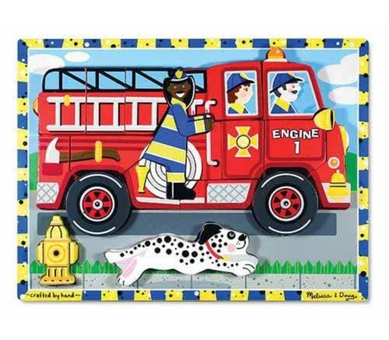 Casse-tête en bois en camion de pompier