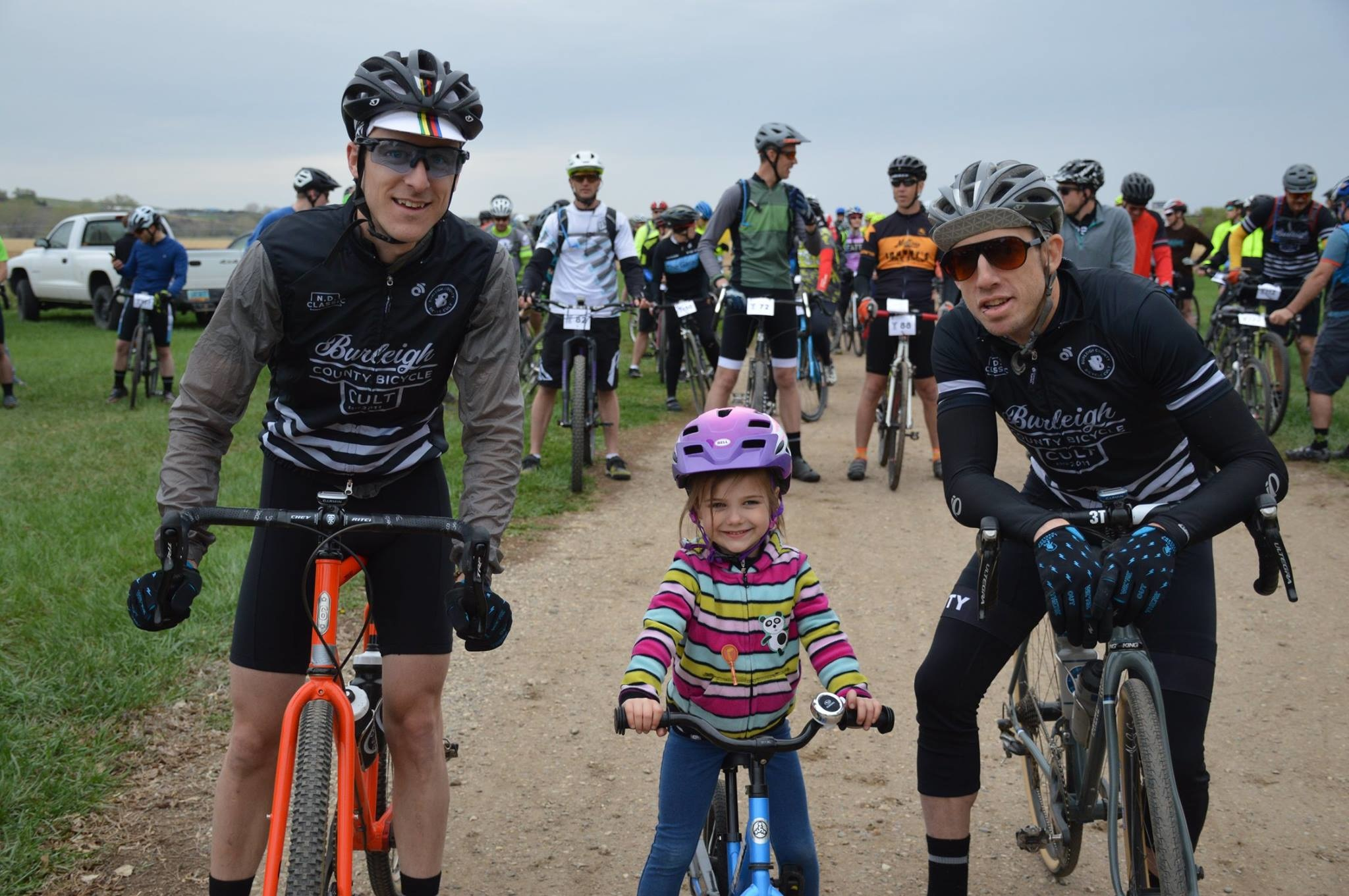 (Right- Huber, his daughter Elaina, and Easton - Start of the Cup 19 - Left BCBC MTB series Sunset Park 19)
