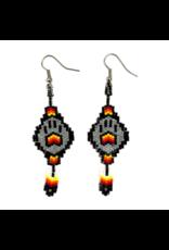 Fourdwholesale Wolf Paw Stitch Earring