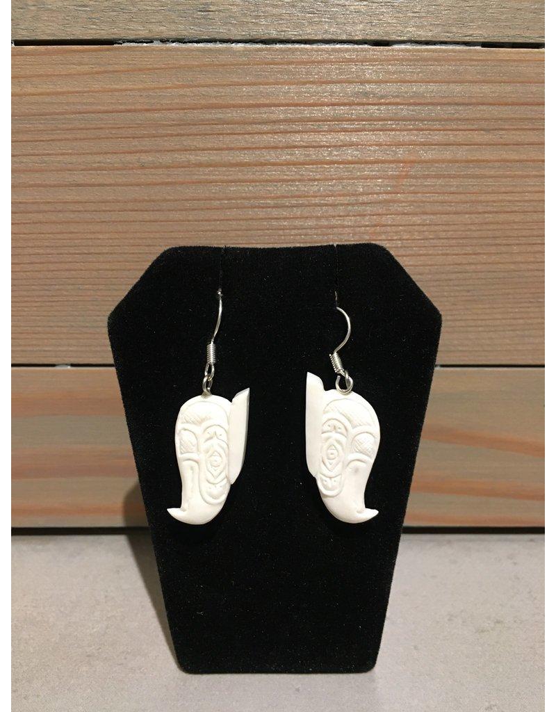 Fourdwholesale Thunderbird Bone Carved Earring