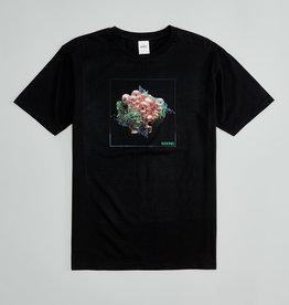 T-shirt Île Soniq avec squelettes