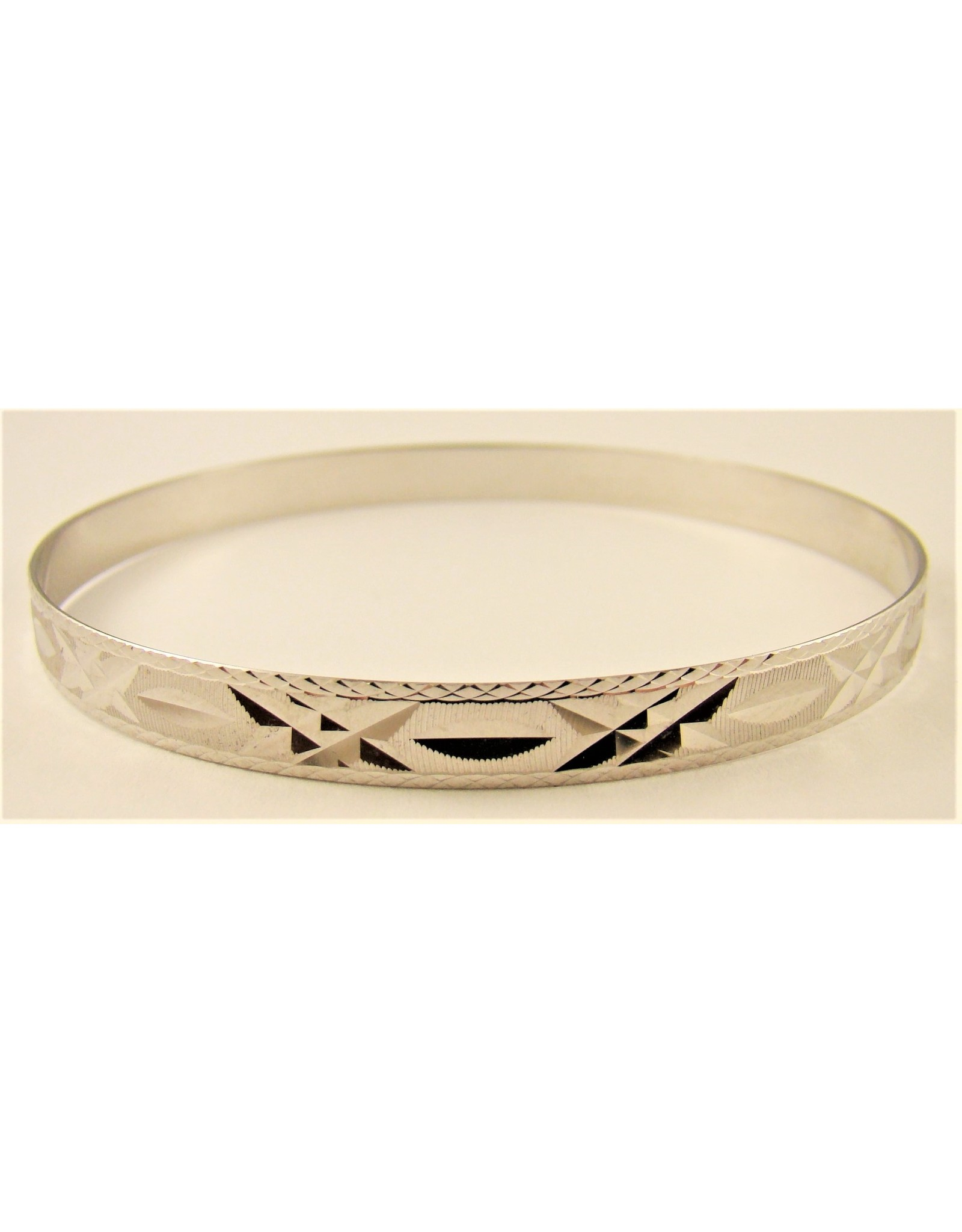 6mm Diamond Cut Flat Bangle 10KW