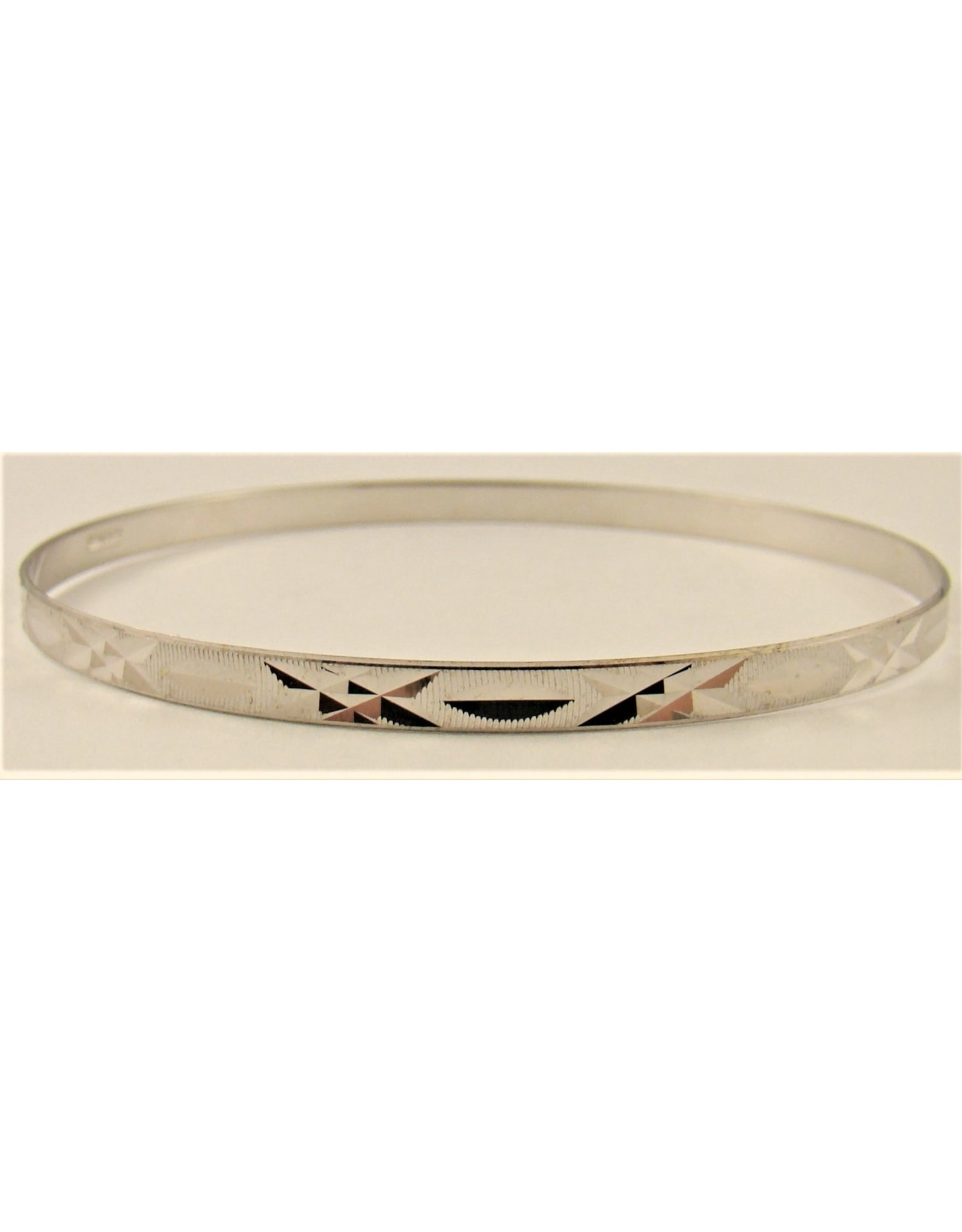 3mm Diamond Cut Flat Bangle 10KW