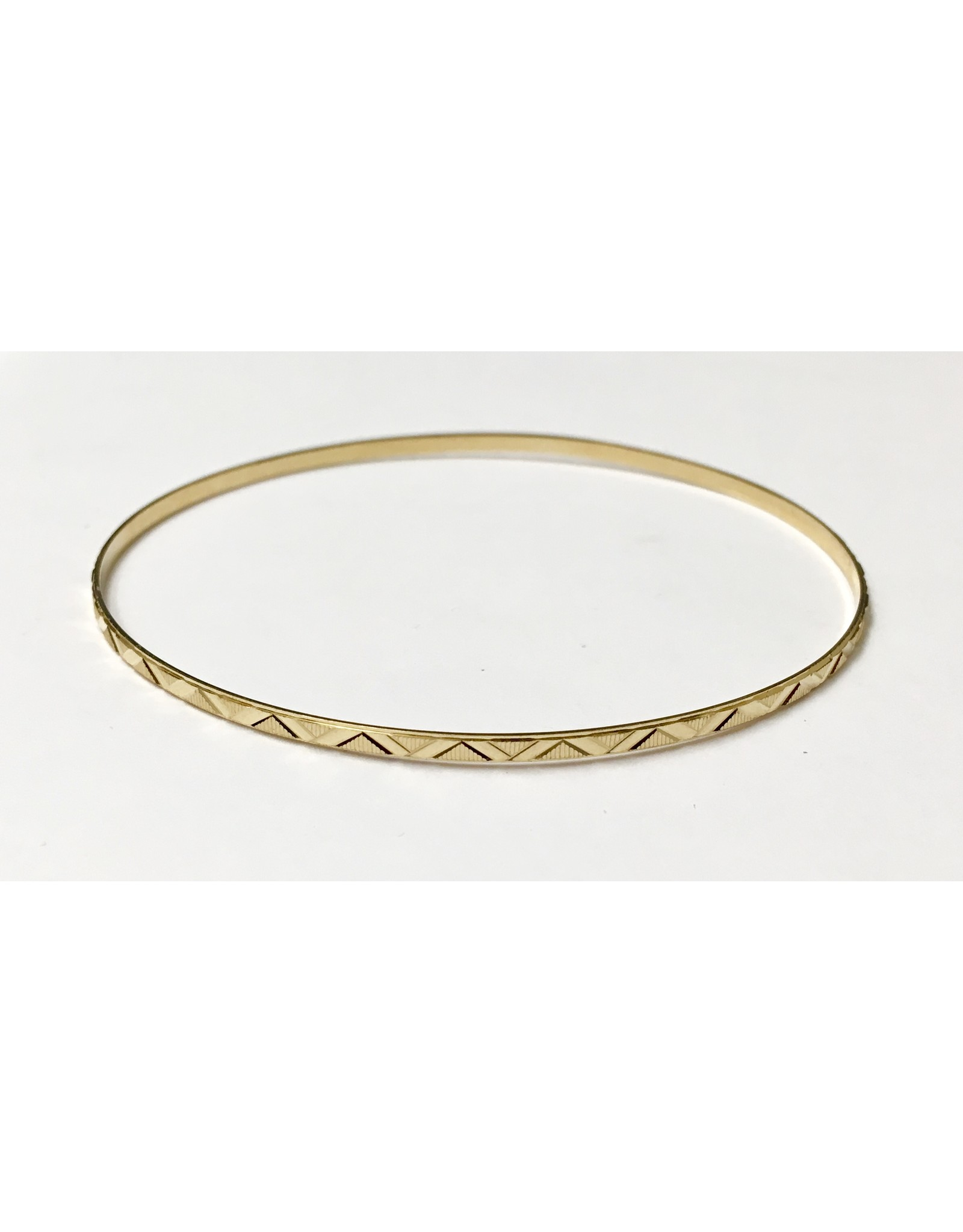 2.2mm Fancy Cut Bangle 10KY