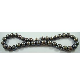 Gray Freshwater (12-15mm) Necklace