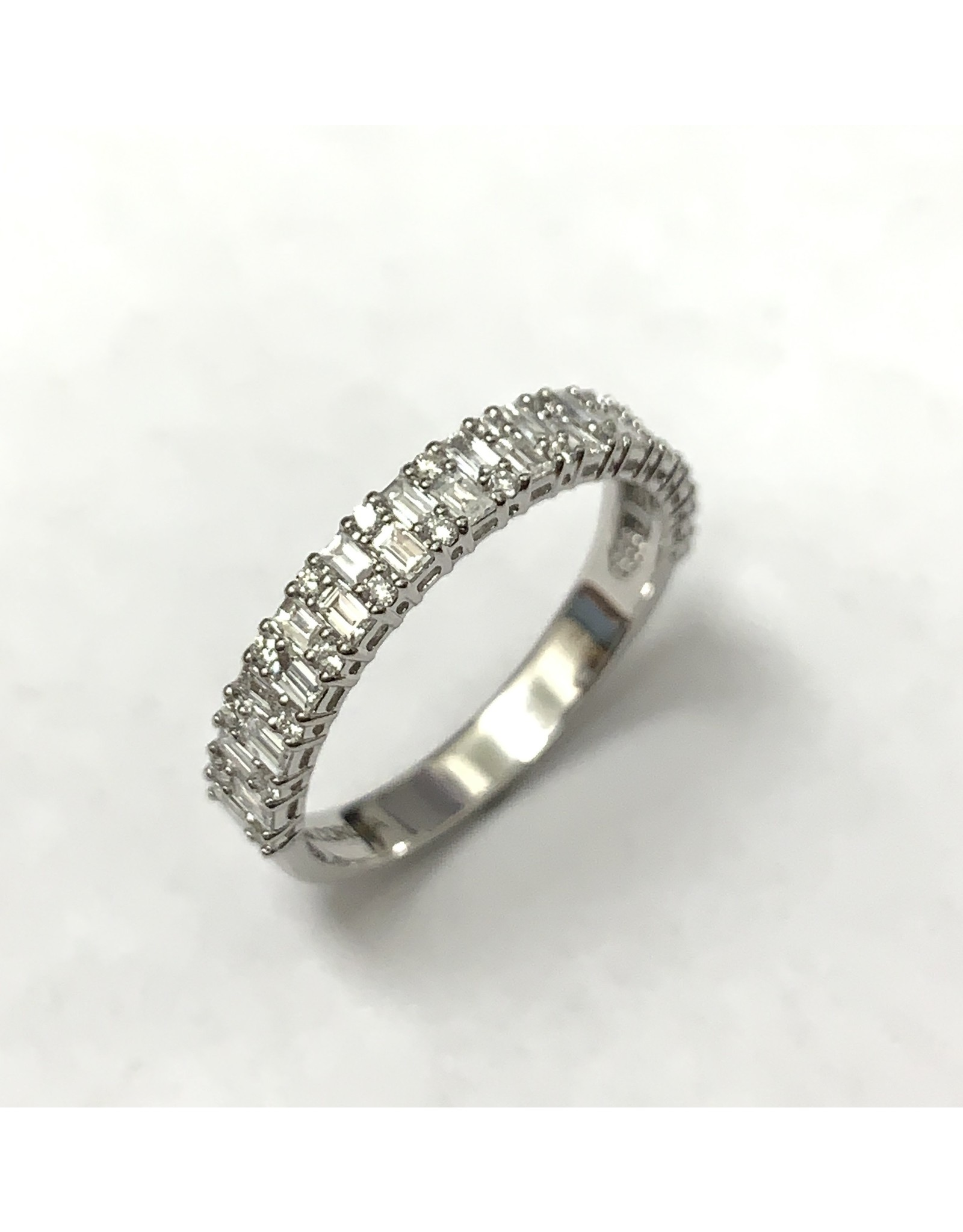 Fancy Diamond Ring 14KW