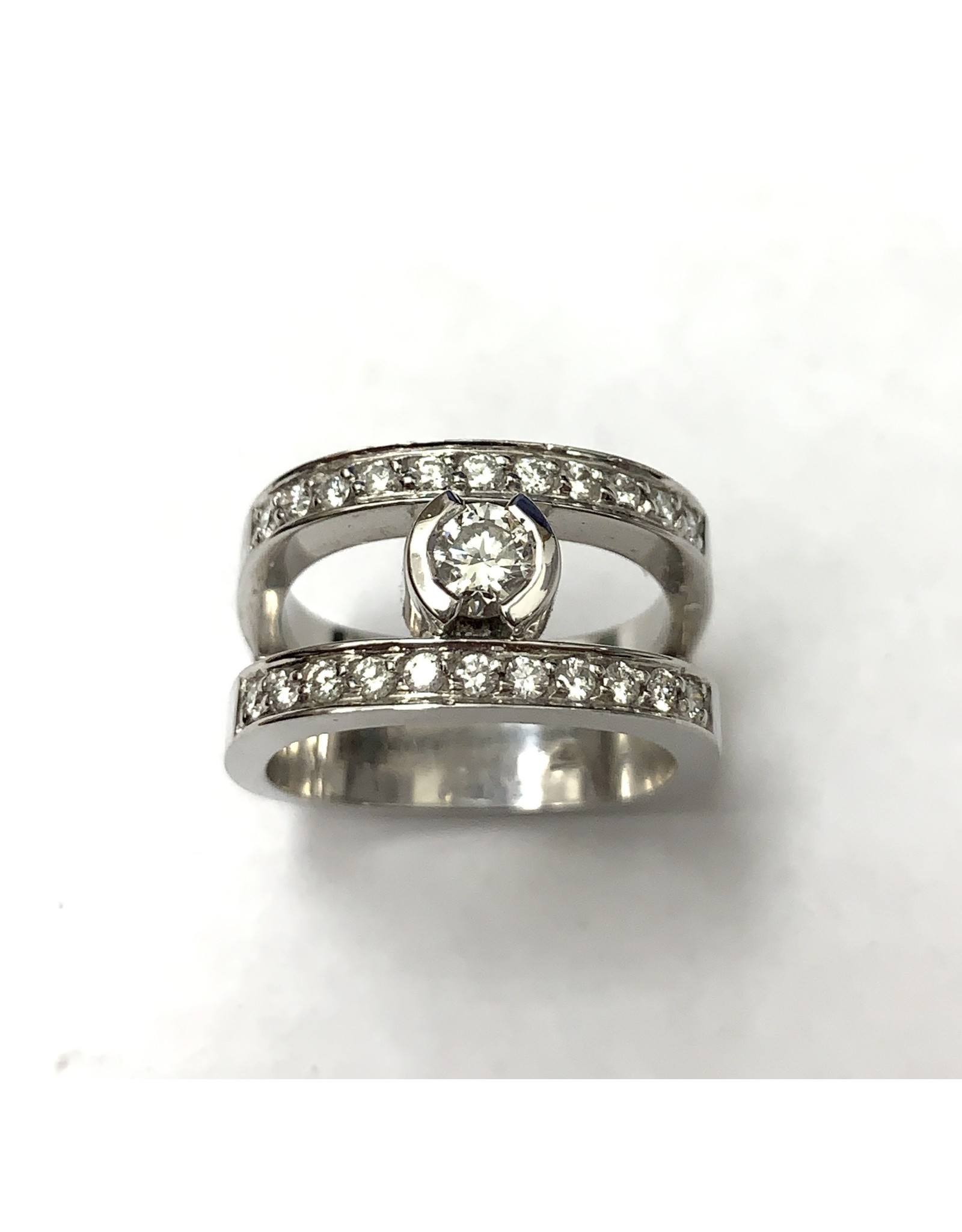 0.65ctw Diamond Ring 14KW
