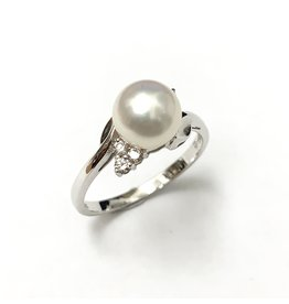 Akoya Pearl & Diamond Ring