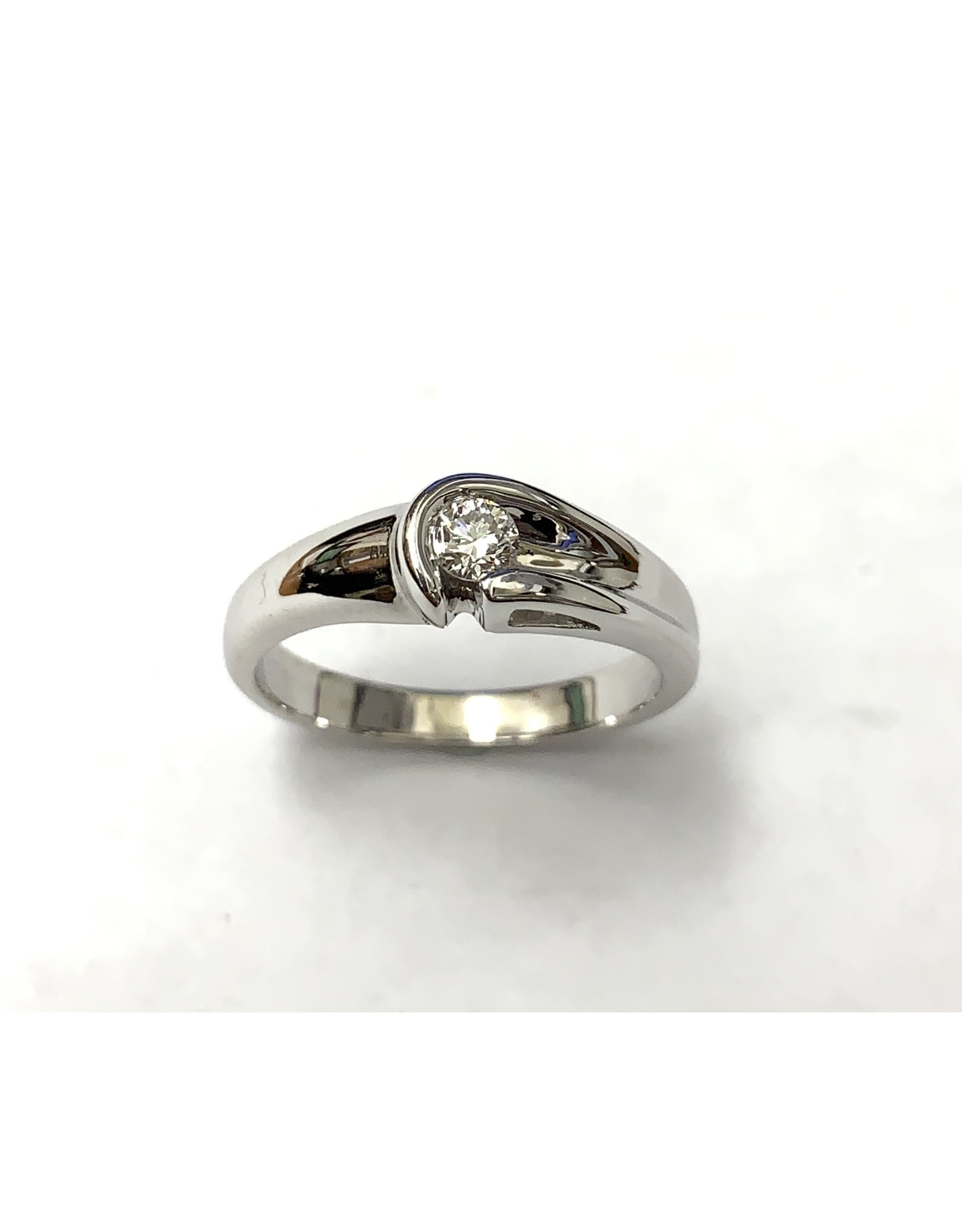 0.13ct Canadian Diamond Ring 14KW