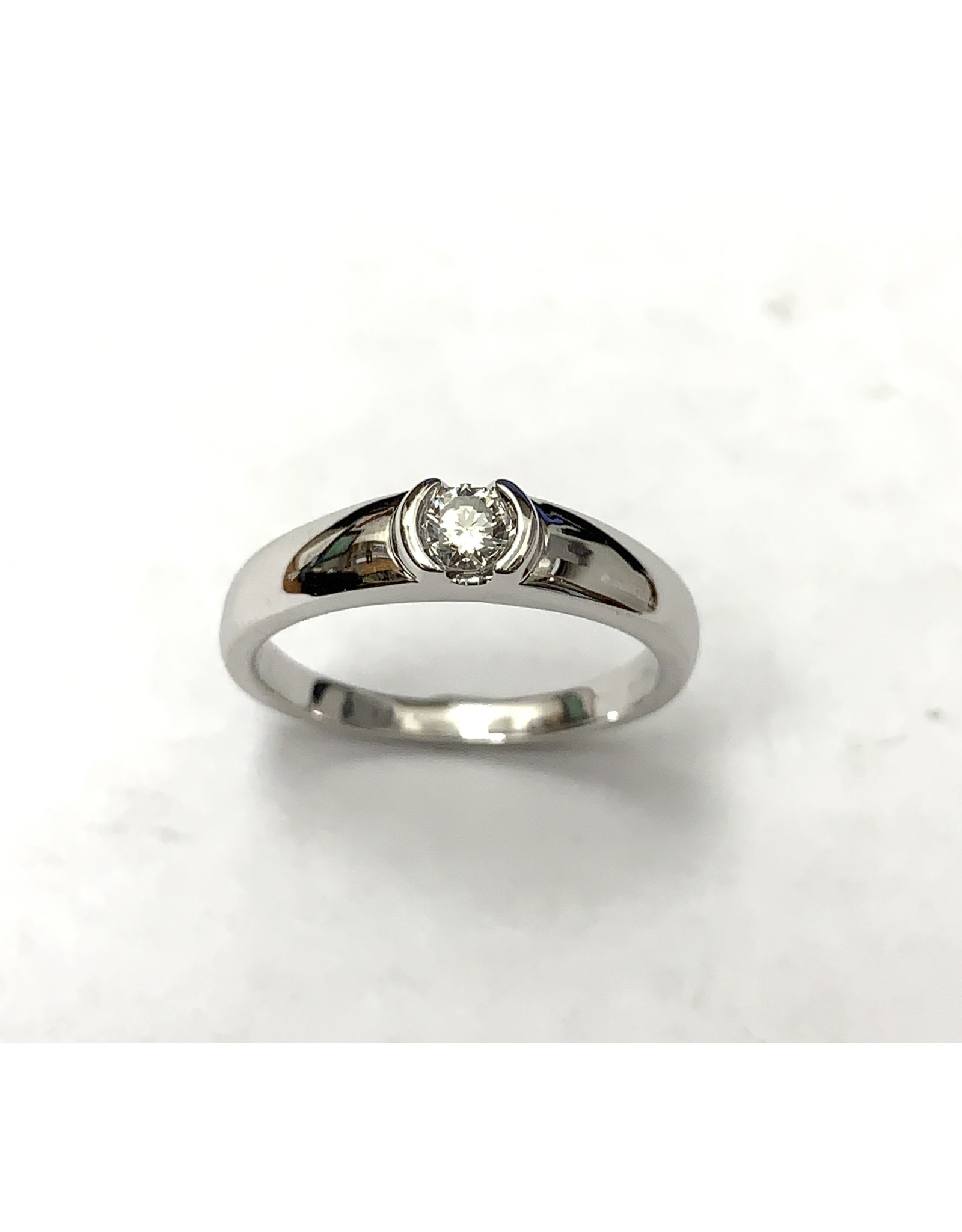 0.17ct Canadian Diamond Ring 14KW
