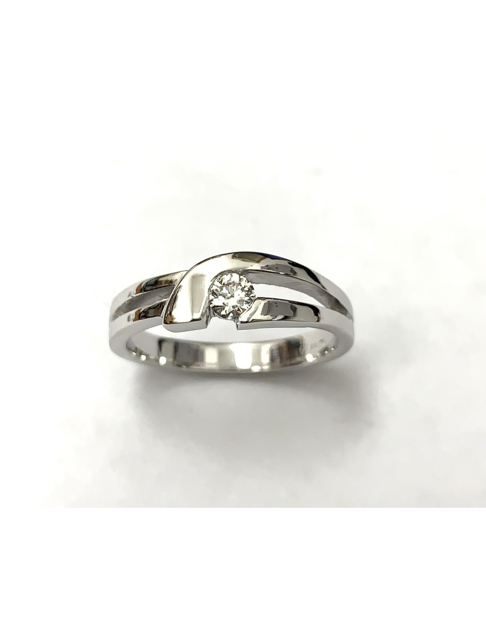 0.15ct Canadian Diamond Ring 14KW