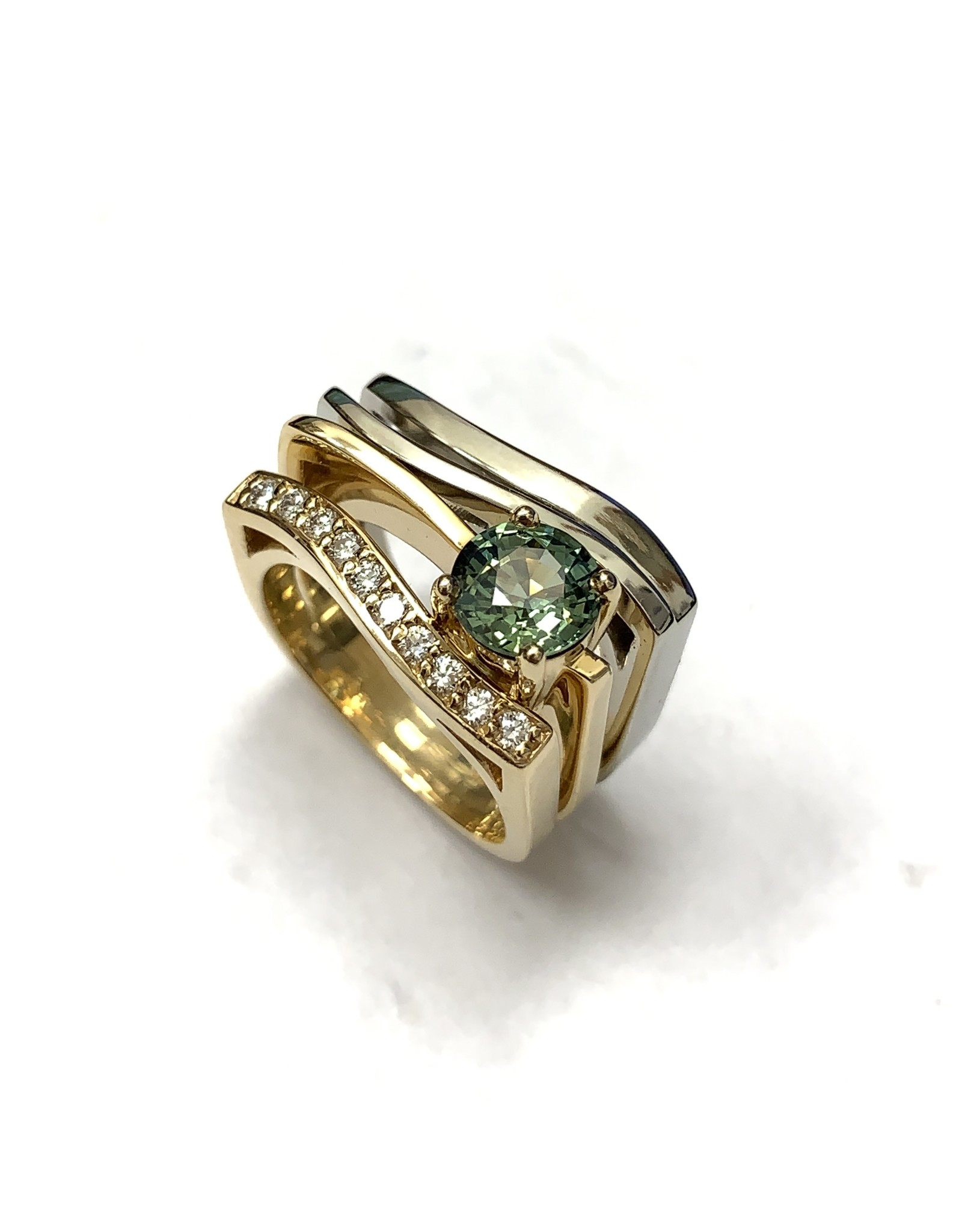 Contemporay Green Sapphire & Diamond Ring 14KWY