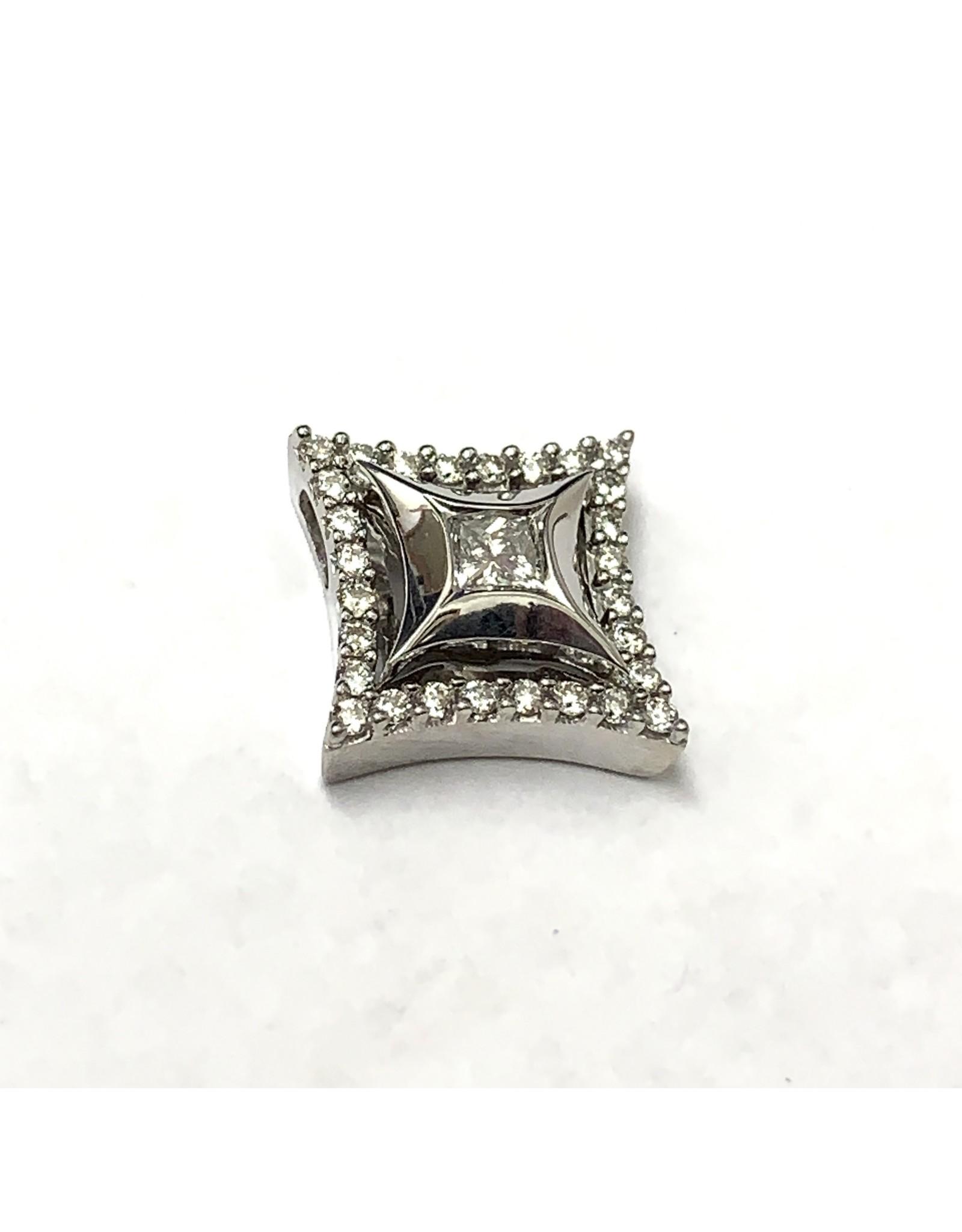 0.33ctw Star Diamond Pendant 14KW