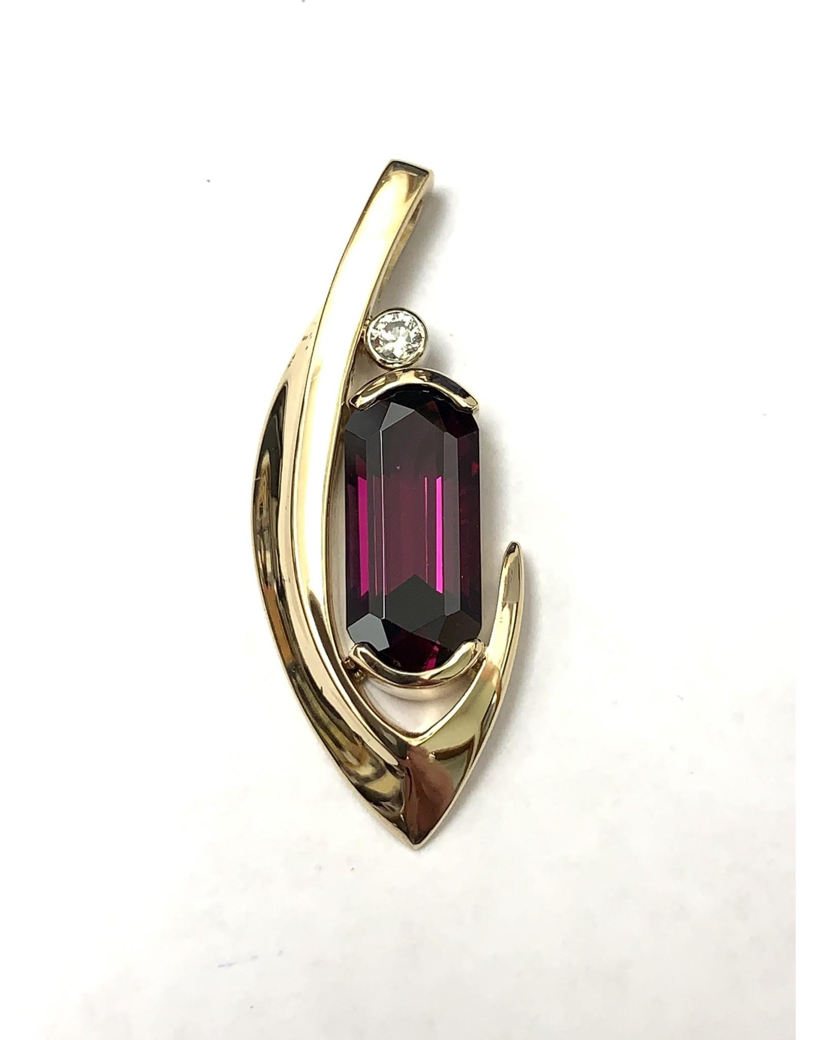 5.10ct Rhodolite Garnet & Diamond Pendant 14KY