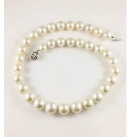 Freshwater (12-15mm) Pearl Necklace
