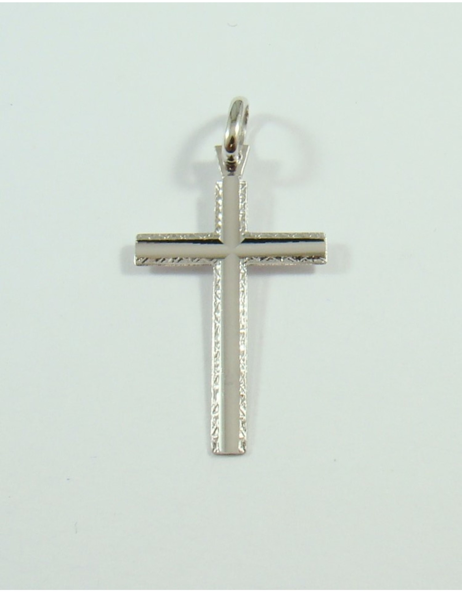 26 x 17mm Cross Pendant 10KW