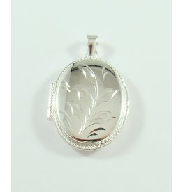 29 x 23mm Locket Pendant