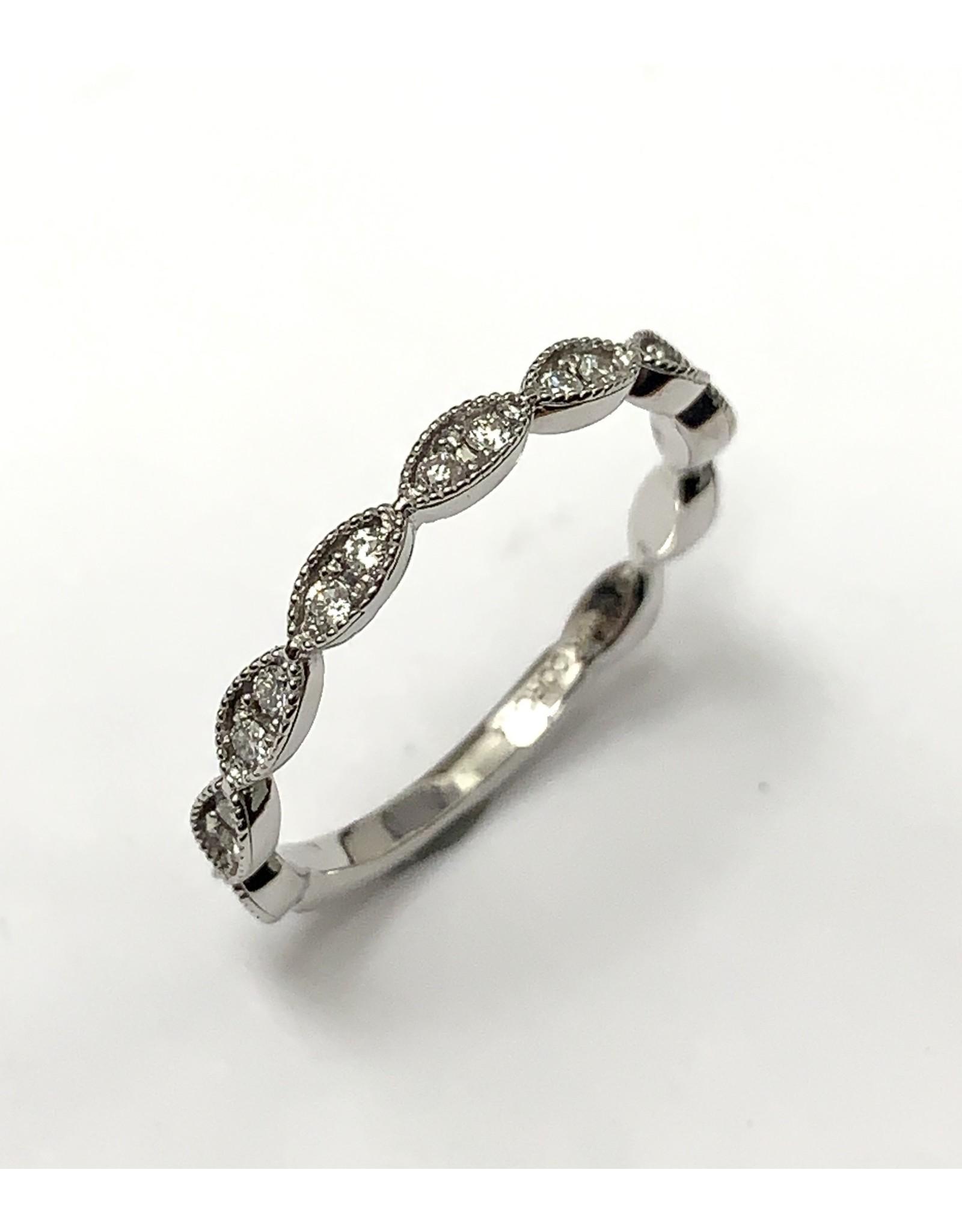 Chi Chi Scalloped Diamond Ring 10KW