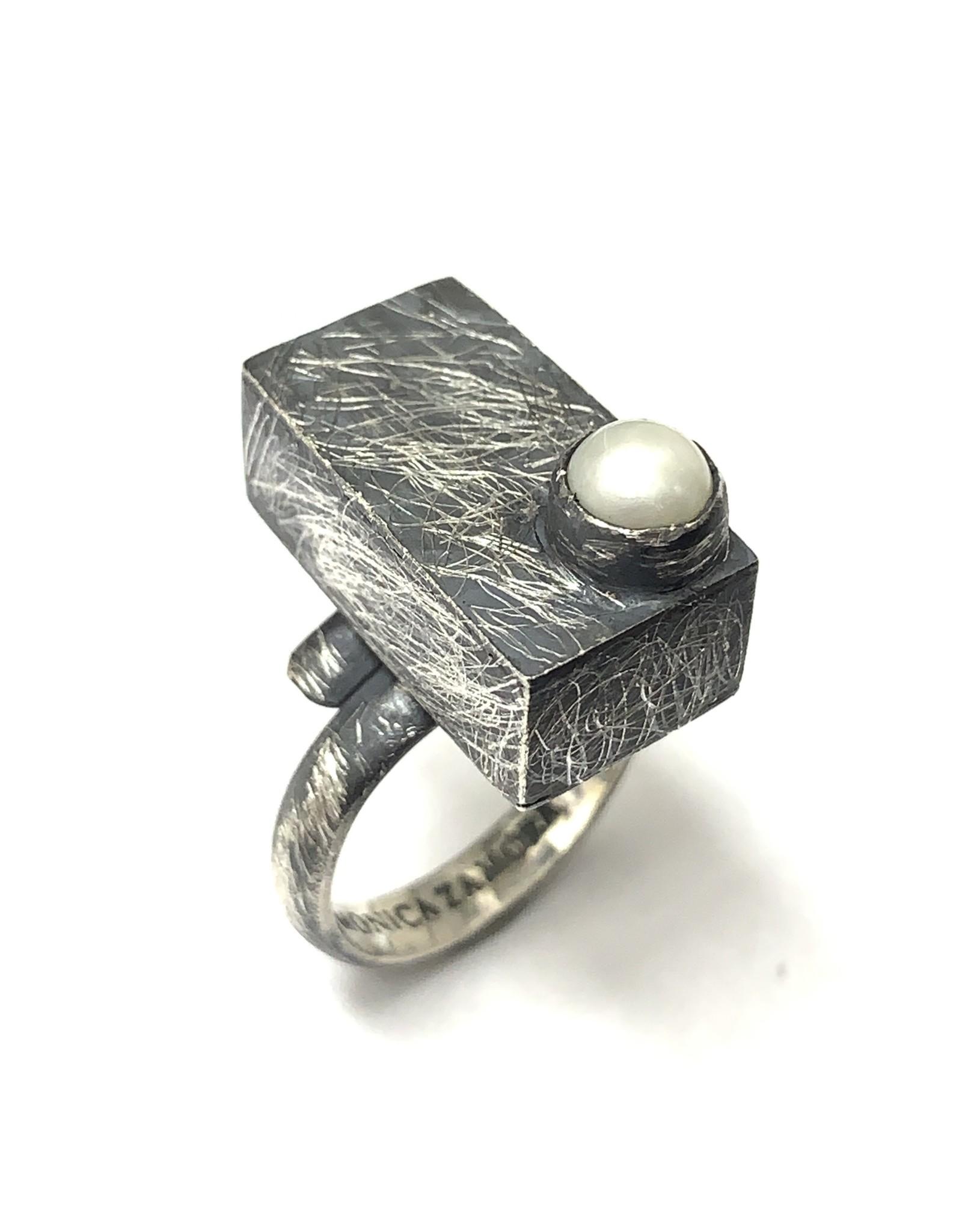 Balaam FW Pearl Ring SS