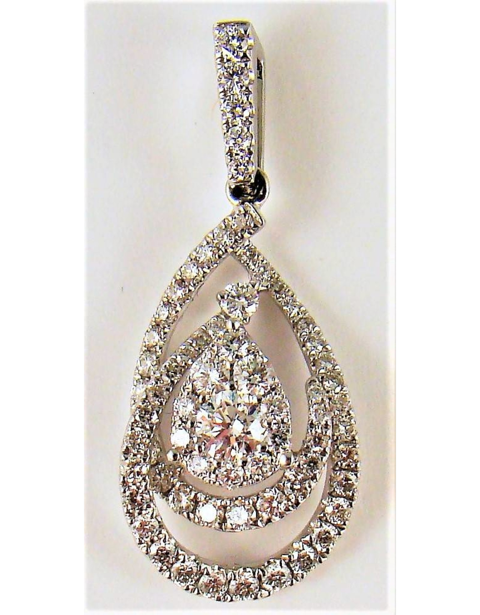 Pavé Diamond Pendant 18KW Gold