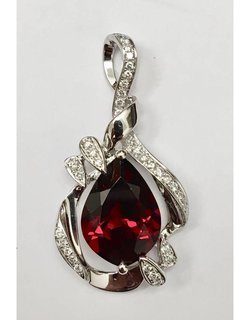 4.33ct Garnet & Diamond Pendant 14KW