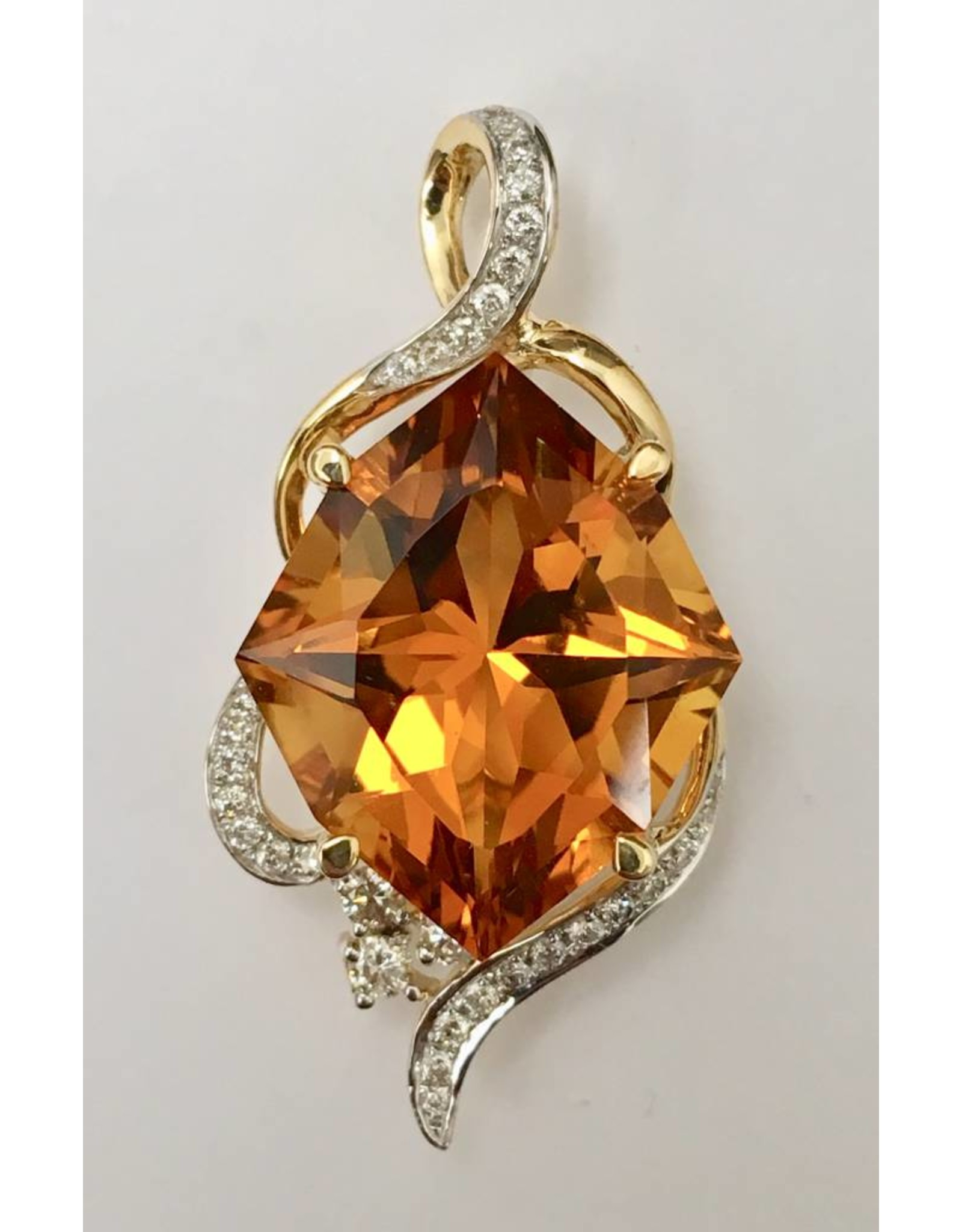 9.73ct Citrine & Diamond Pendant 14KY