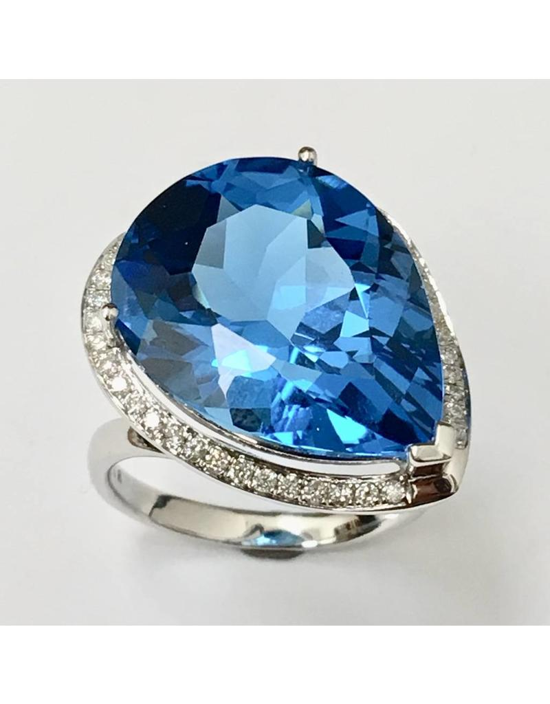 20.75ct Topaz & Diamond Ring 14KW