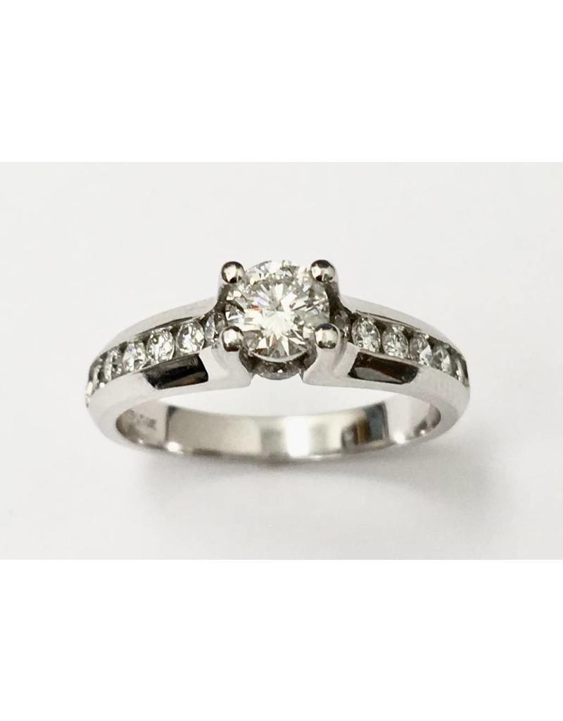 0.39ct Main Diamond Ring (0.84ctw) 14KW
