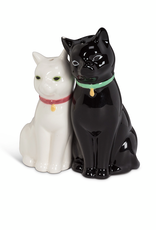 27-KITSCH-096 Cuddling Black white Cat salt & Pepper