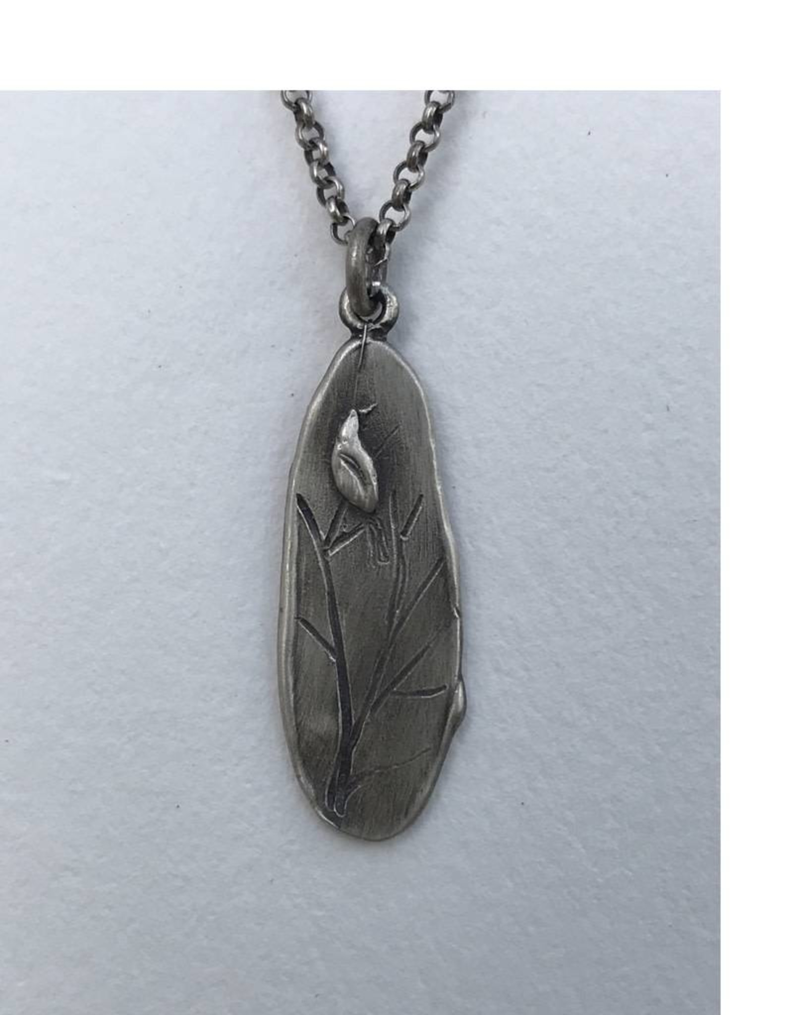 RN138A Refurbished Silver Necklace and Pendant