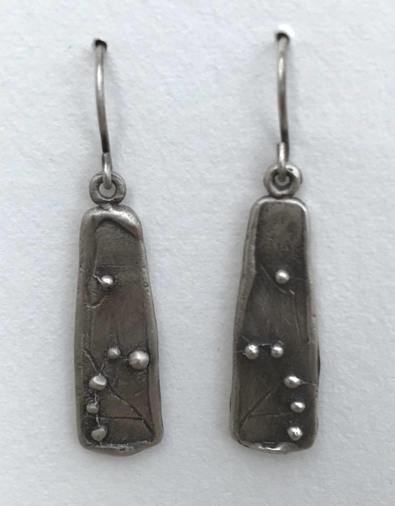 RE140A Refurbished Silver Earrings