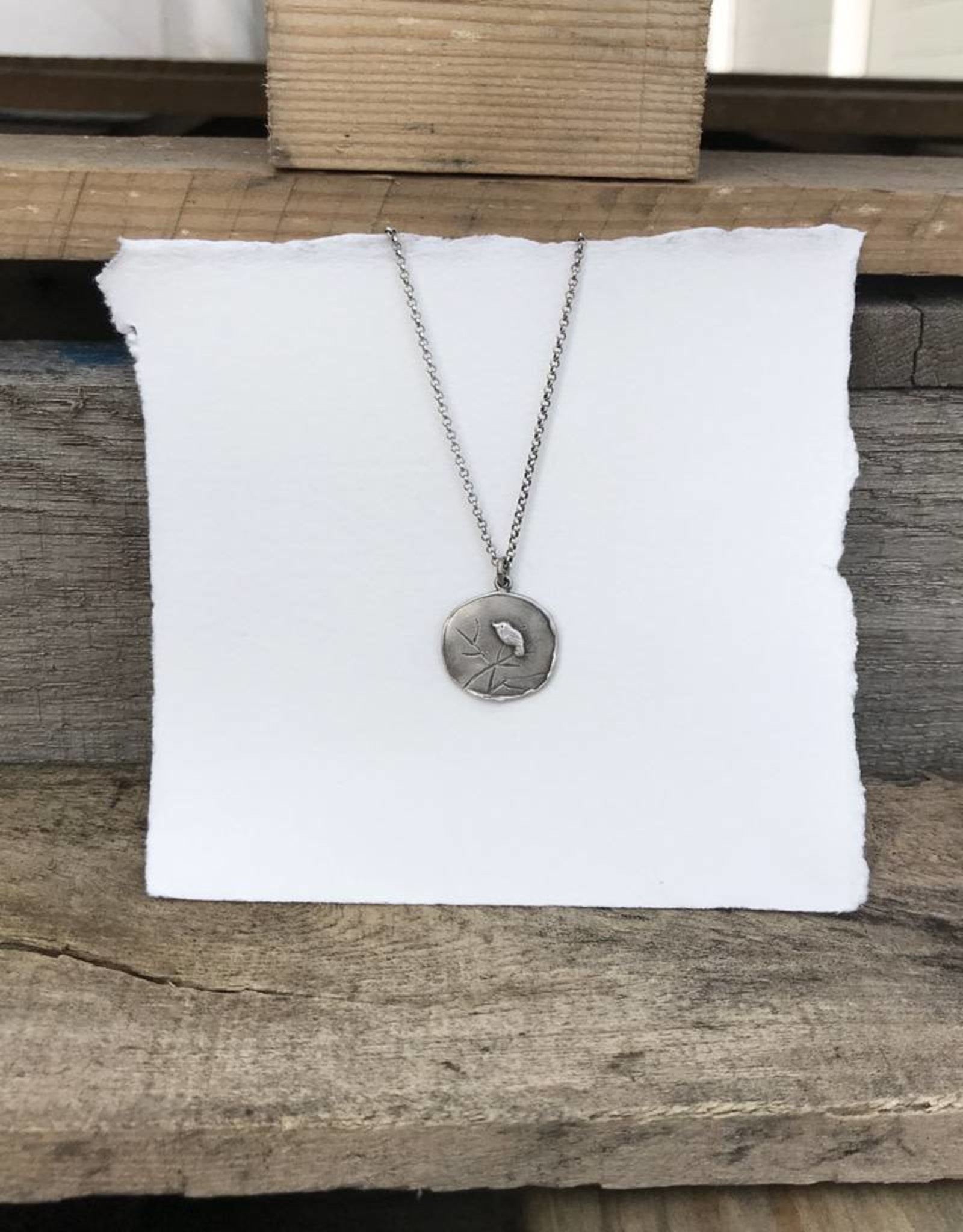 RN138B Refurbished Silver Necklace and Pendant