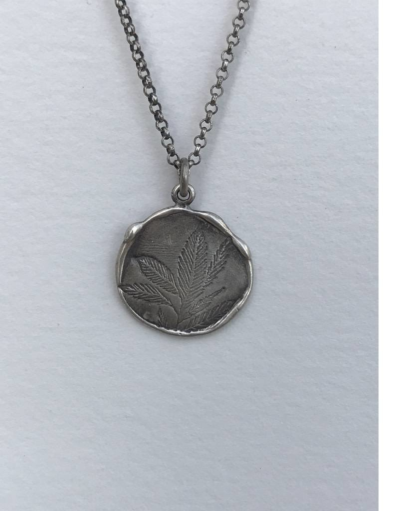 RN194C Refurbished Silver Necklace and Pendant