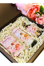 Luck & Love Beautiful GIft Box - Amazing Mom