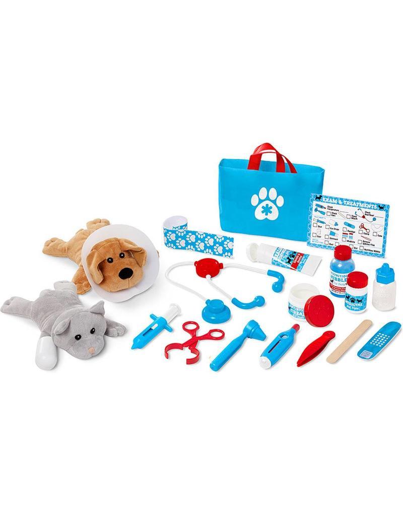 Examine & Treat Pet Vet Play Set