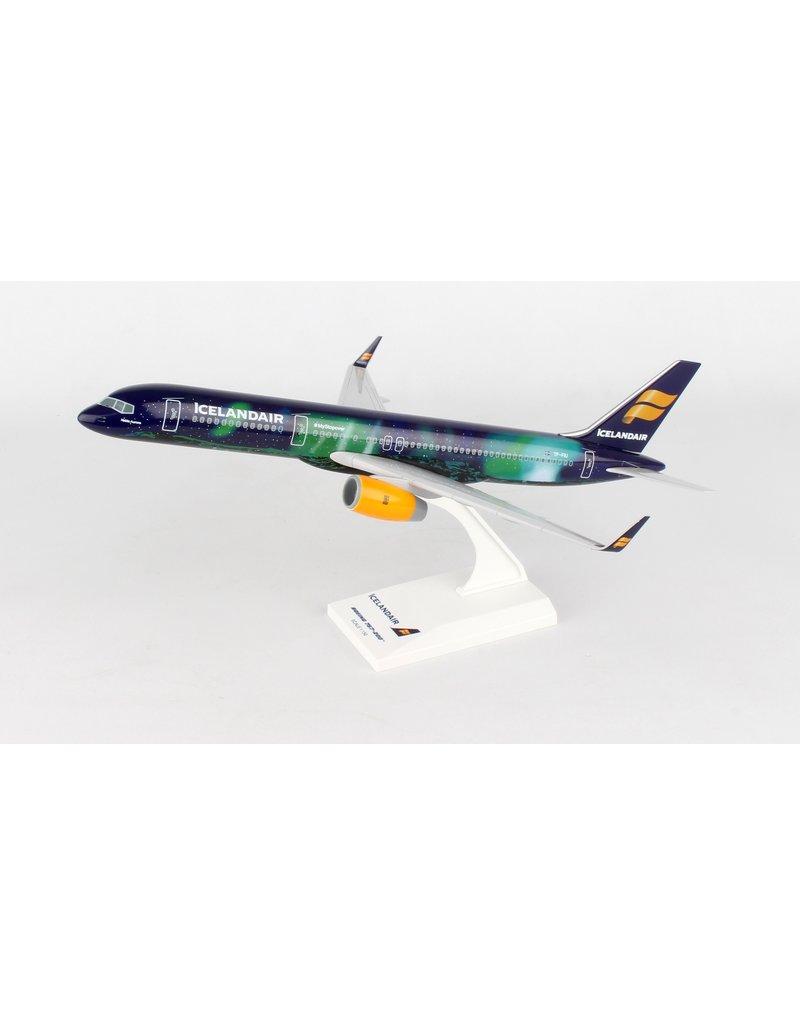 SkymarksIcelandair757-2001/150Hekla