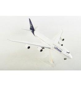 Herpa Lufthansa 747-8 1/200 New Livery