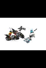 LEGO LEGO Mr. Freeze™ Batcycle™ Battle