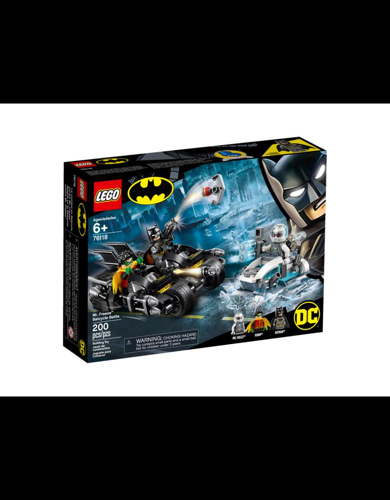 LEGO Mr. Freeze™ Batcycle™ Battle