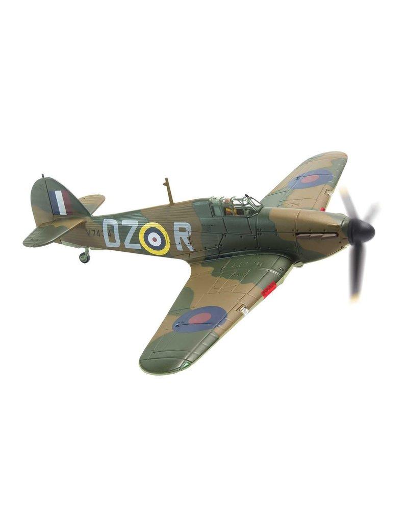 Corgi RAF Hawker Hurricane 1/72 V7434 Irving